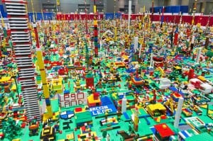 Weekend Wind Down 10/13/2012 – Going to the Lego Kids Fest