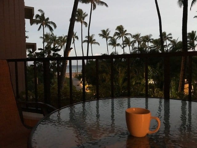 Interested in using points to travel to Hawaii for nearly free? Learn the strategy we used to save about ,000 off our flights (plus even more savings)! #MyMoneyDesign #FreeTravel #CreditCardRewards #FlyToHawaiiOnPoints